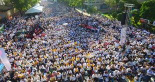 下一代幸福聯盟號召2萬多人包圍立法院,抗議民進黨立委尤美女排案審查同性婚姻草案。  圖片來源:風向新聞攝