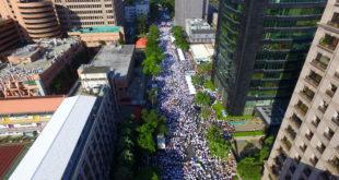 同性婚姻頗具爭議,但外媒卻指台灣執政黨及最大反對黨都支持同性婚姻。(圖片來源:下一代幸福聯盟)