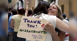 麻州為全美第一個開放同性伴侶領結婚證書的州,10年後一位家長站出來向社會大眾披露同性婚姻的影響。(照片摘自masslive)