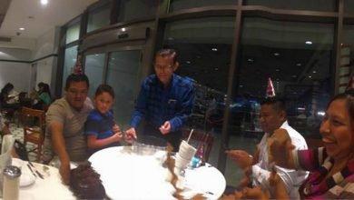 Photo of 6旬翁在餐廳獨自慶生 陌生客人暖心陪伴