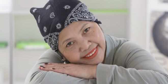 罹癌七次轉移 癌婦引頸期盼「新藥共同負擔」