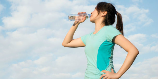 預防熱傷害 防曬、喝水缺一不可