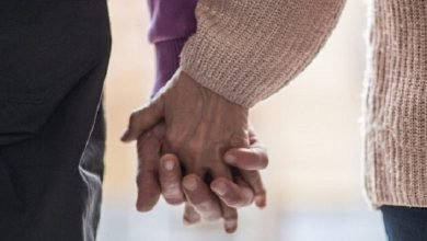 Photo of 老爺爺拿藥少了「她」 藥劑師:表達愛要及時