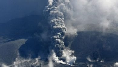 Photo of 九州新燃岳火山時隔6年再噴發  日氣象廳發3級警戒