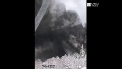 Photo of 日草津火山爆發 釀1死、15台客脫困