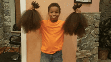 Photo of 我想讓她開心起來! 美8歲男孩為捐髮蓄髮2年半