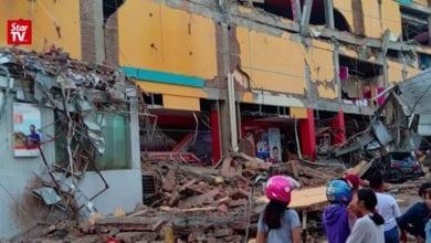 Photo of 印尼強震後混亂叢生 無名屍埋亂葬崗、飢餓災民搶超商
