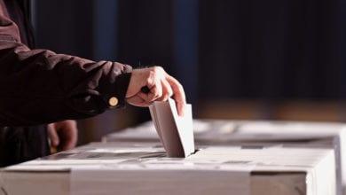 Photo of 4點投票截止!在排隊仍可投票 別忘了10張公投票
