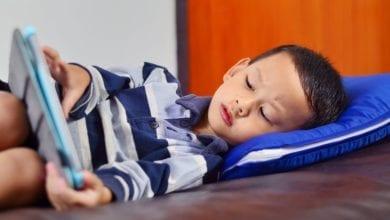 Photo of 研究:兒童過度使用手機影響學業成績