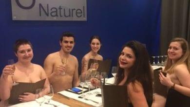 Photo of 巴黎首家裸體餐廳下月歇業 網友酸:脫光用餐並不會讓食物更美味
