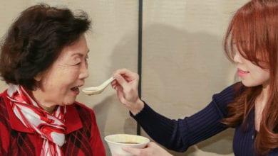 Photo of 「嚼不動、吞抹落」讓人不耐 吃飯成長照惡夢
