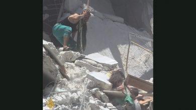 Photo of 戰火無情!敍利亞5歲女童卡瓦礫堆拼死救2歲妹 自己卻不幸喪生