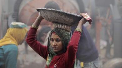 Photo of 鼻酸!印度「無子宮婦女村」 女性為糊口摘掉子宮
