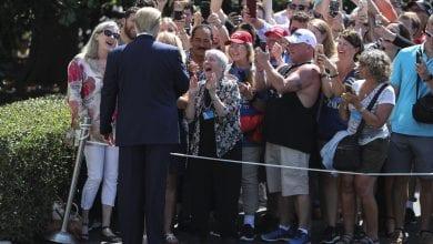 Photo of 2020大選募款破1億美元 民調:川普支持率創上任來最高峰