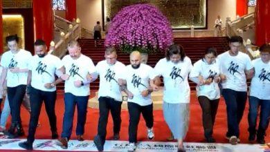 Photo of 國際跨虹聯盟百人快閃  呼籲重視「跨虹者」人權 生命故事應列入教材