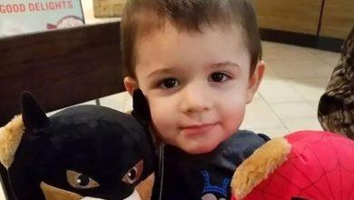 Photo of 兩歲兒拒吃熱狗 美狠母竟夥同男友打死他