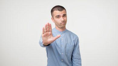 Photo of 偷摳臀、從背後熊抱男學生 男狼師性騷遭判4個月