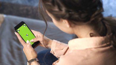 Photo of 日滑手機10小時!少女誘發「紅綠色盲」 險出車禍