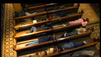 Photo of 美教堂開放給數百街友睡覺 網友:活在基督裡的證明