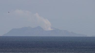 Photo of 2019年12月10日各報新聞重點彙整 主題新聞:紐西蘭白島火山爆發 失聯遊客恐全罹難