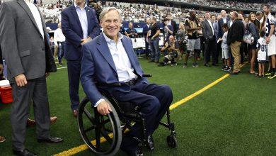 Photo of 酸民譏「上帝讓你坐輪椅」 德州州長:上帝的愛幫我們克服生活中的挑戰