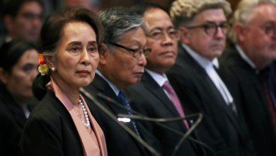 Photo of 翁山蘇姬上國際法庭辯護 現場聆聽緬軍姦殺羅興亞婦女兒童惡行
