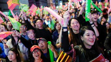 """Photo of 蔡英文順利連任總統 外媒:""""反送中""""加""""亡國感""""激出年輕人選票"""