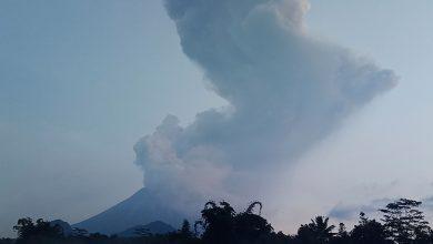 Photo of 快訊/印尼火山灰噴發達6000公尺高 梭羅機場緊急關閉