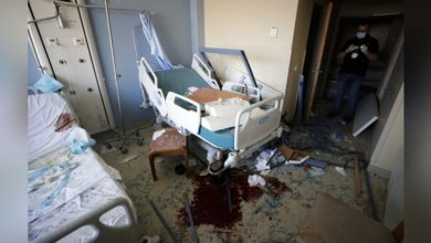 Photo of 黎巴嫩進產房分娩20秒後遇爆炸 機器震碎醫護手機照明接生