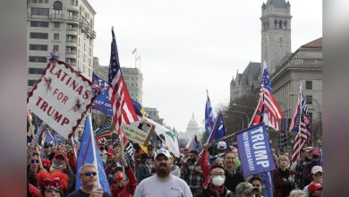 Photo of 華府挺川集會支持者高喊「再做4年」美媒民調顯示:經濟政策最有感
